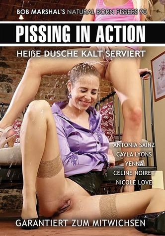 Pissing In Action 90: Heiße Dusche kalt serviert