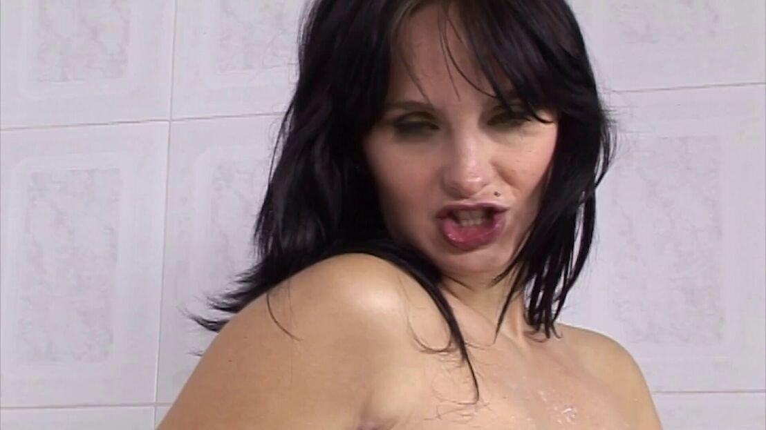 Nutte Riesenpimmel Sexmaschine Blowjob