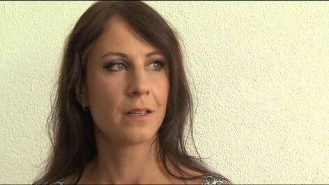 Vivian Schmitt: Die Prüfung HD Download & Stream   EROTIK.com