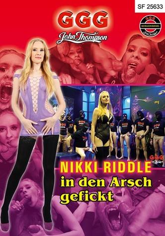 Nikki Riddle: In den Arsch gefickt